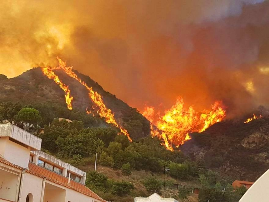 Incendio Messina - da strettoweb,com